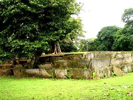 Terraced Tombs